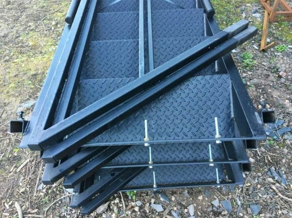 13 Tread Steel Staircase Packed